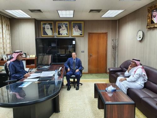 http://uanoc.org/storage/زيارة الإعلامي حسن حريري لمقر الأمانة العامة